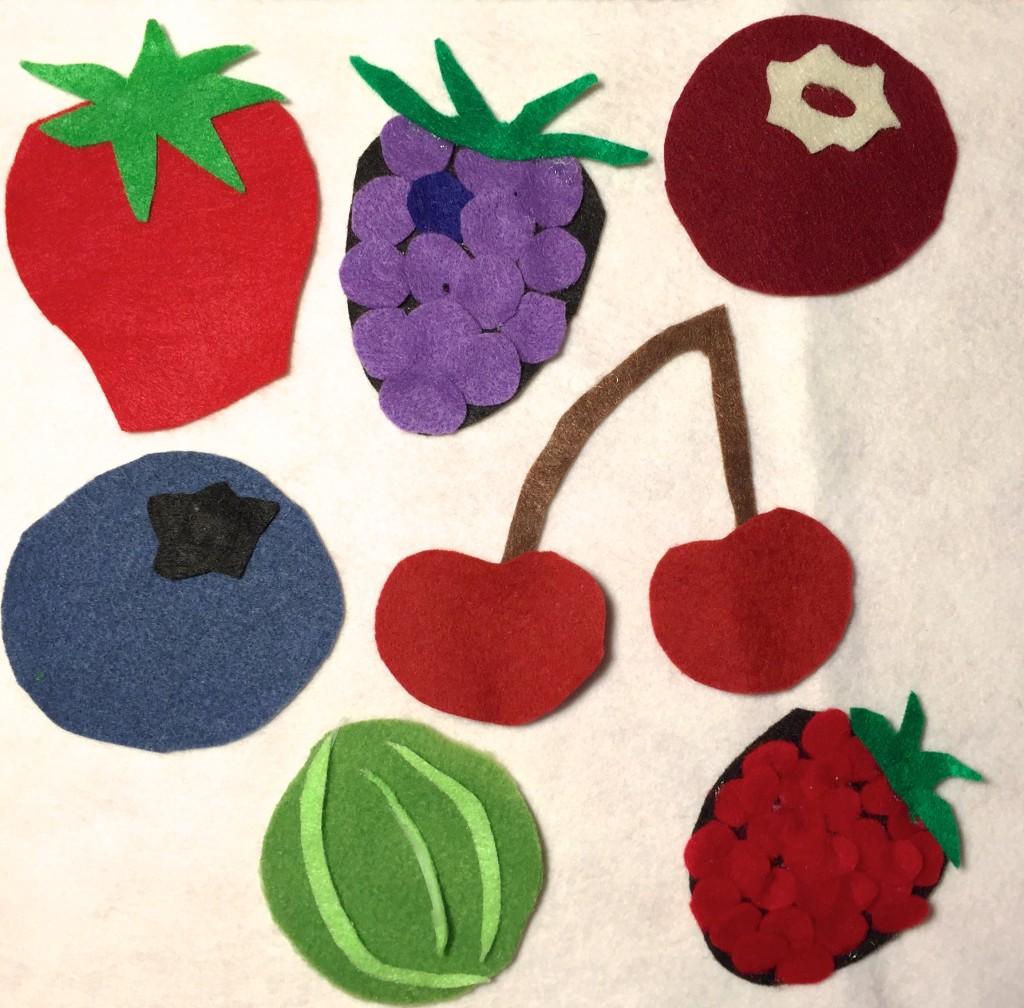 Berries Felt Set